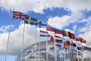 iStock_000069125185_Full_EU-flags1-300x200